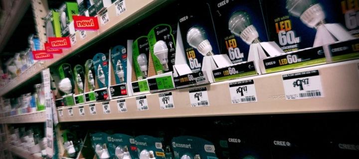 Smart Bulbs vs Smart Switches