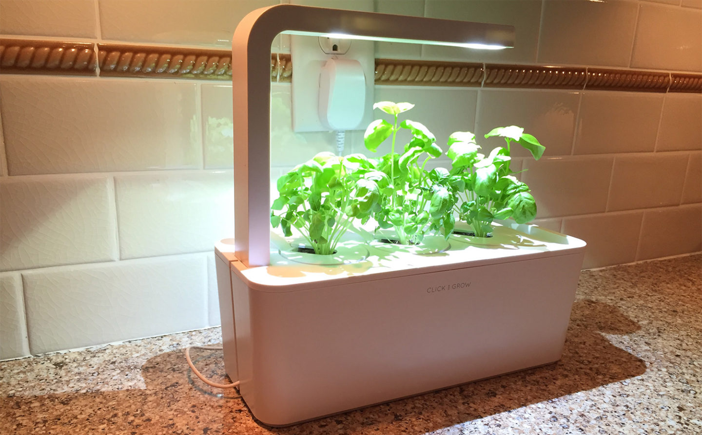 Review Click And Grow Garden At Home In The Future