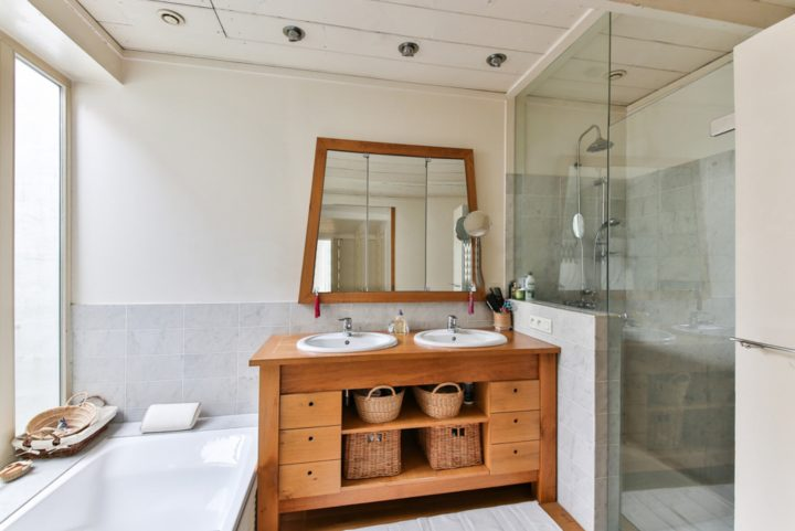 How to Create a Luxurious Bathroom for Less