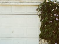 6 Signs That Your Garage Door Needs Repairing