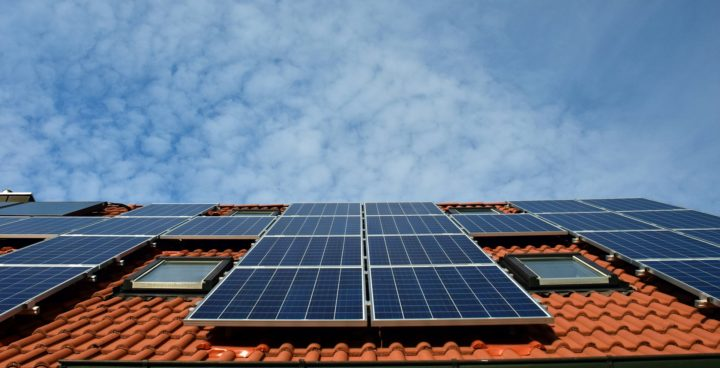 The Benefits of Using Renewable Energy at Home