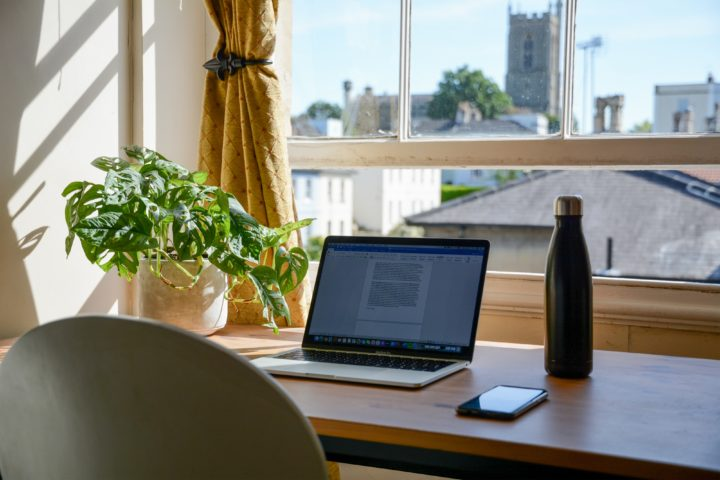 Work From Home Tips To Keep You Productive and Healthy